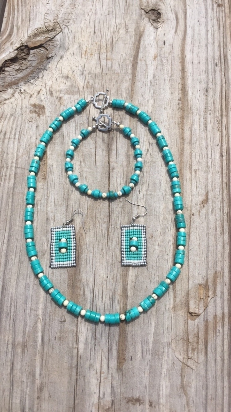 snazzy turquoise set sale $75.  - wccbeadingco | ello