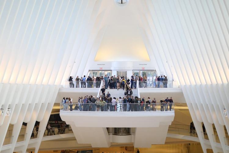 Oculus** crowded balcony Oculus - kevinrubin | ello