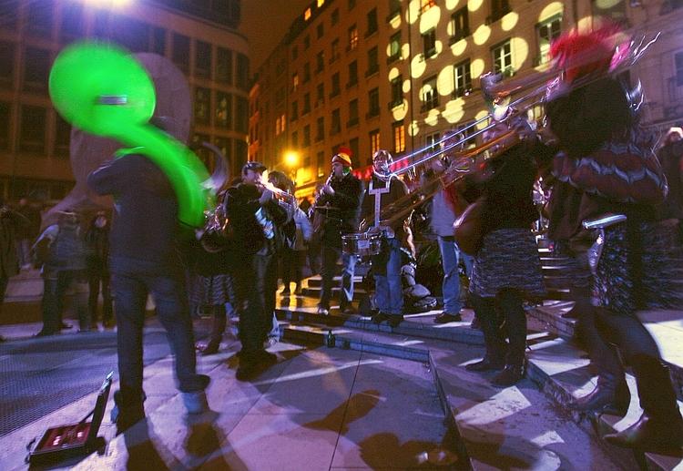 Big Band people - street, urban - cornelgin   ello