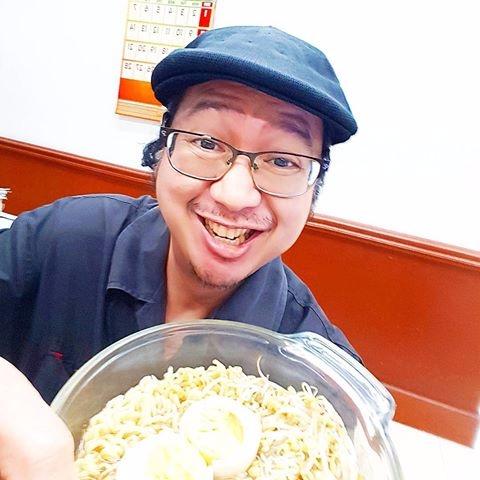 eat - Noodles, Egg, Beansprout, Breakfast - vicsimon   ello