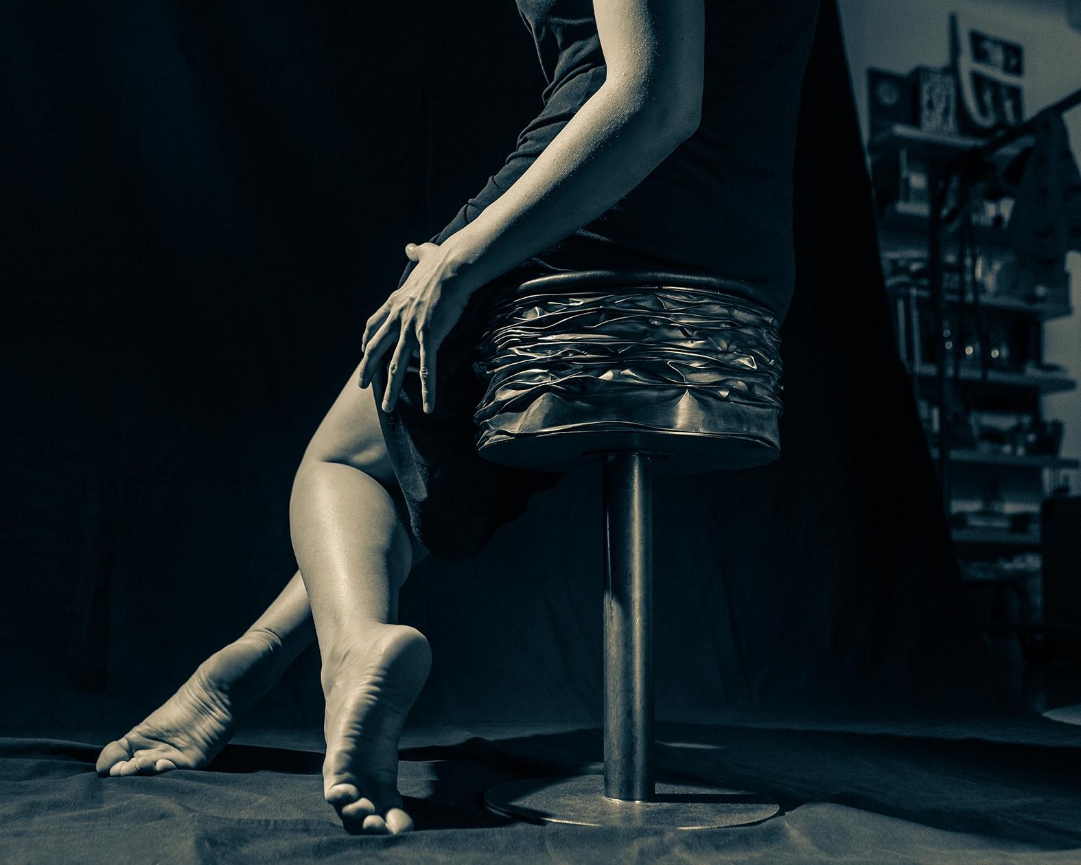 PP 33 stool. Metal leather - (  - pillpics | ello