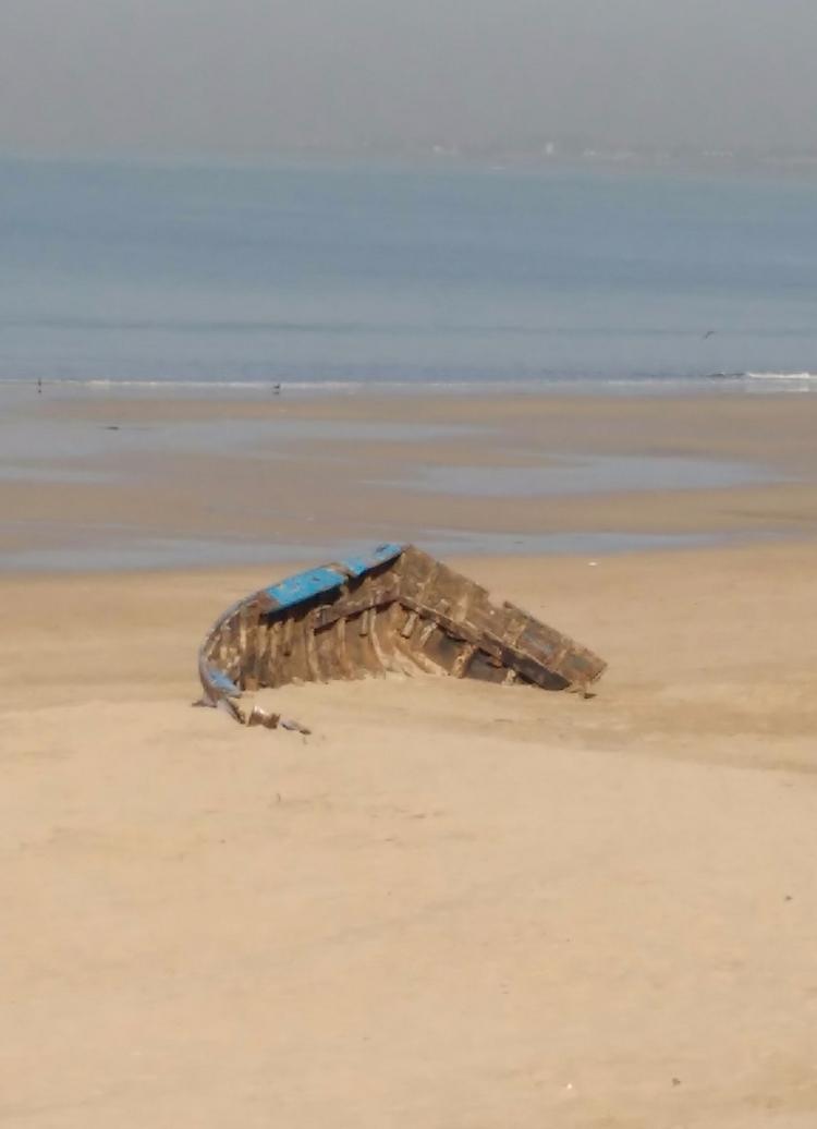 Juhu Beach Mumbai - beached - umez | ello