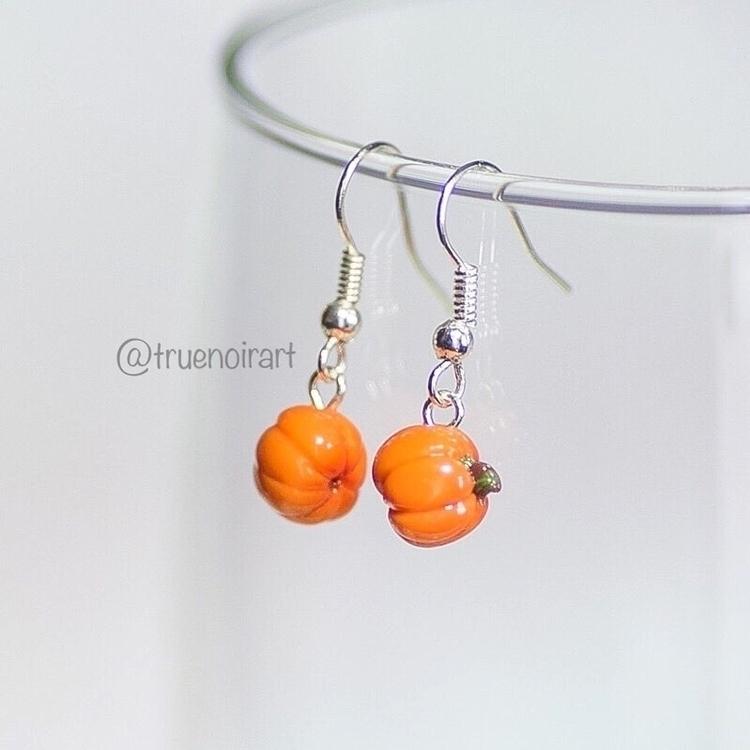 Simple, cute pumpkin earrings s - truenoir | ello