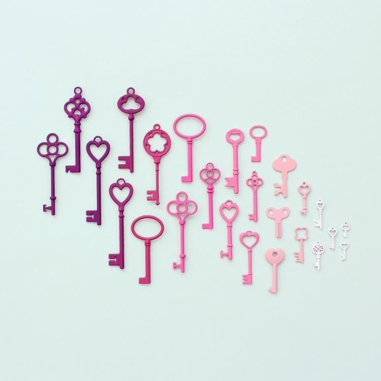 Pink keys - caroline_south | ello