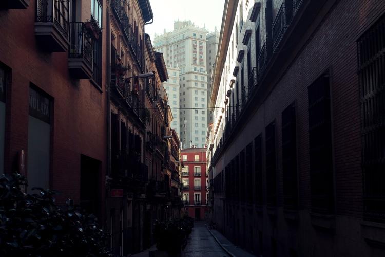 Madrid - cogginsketchbook | ello