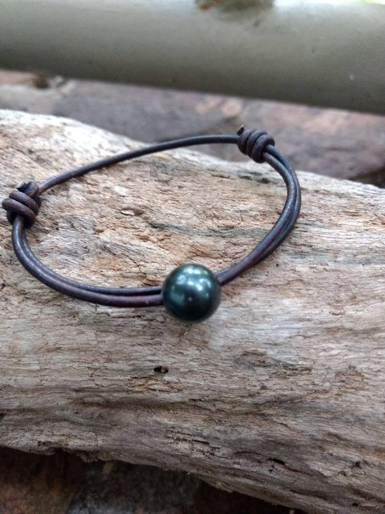 Tahitian Black Pearl Leather Br - flatterydesigns   ello