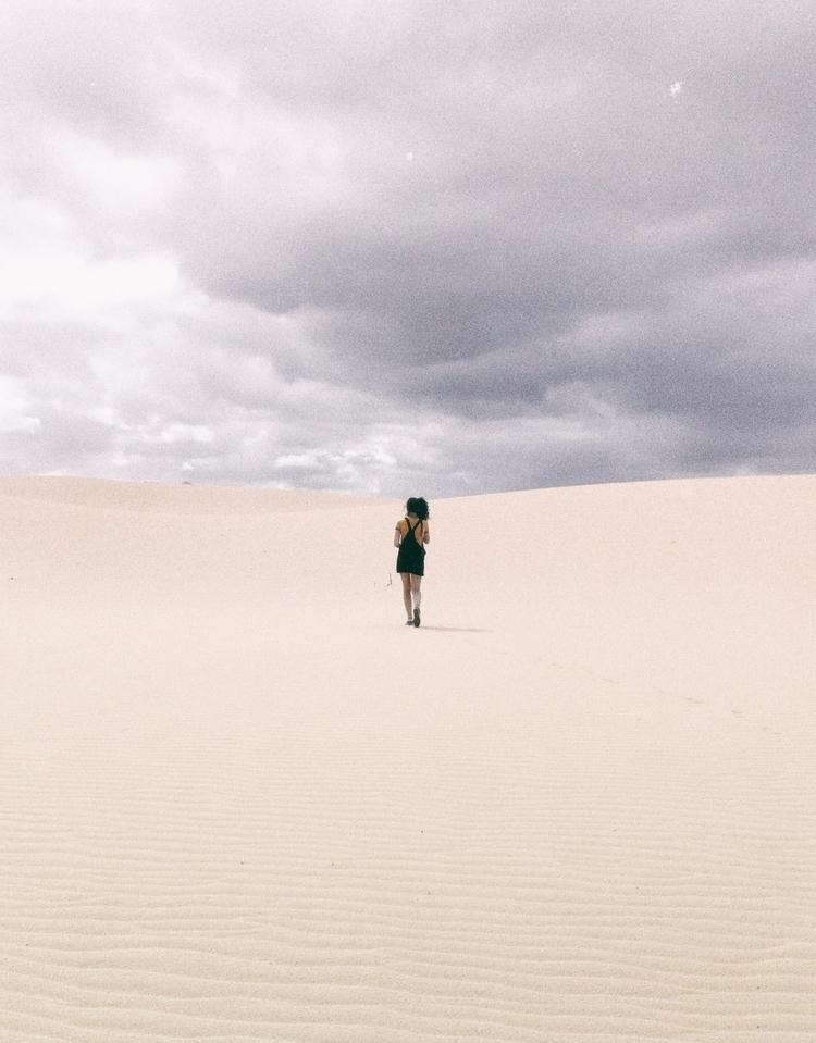 ANALOG - photography, minimal, analog - lapremioqueen | ello
