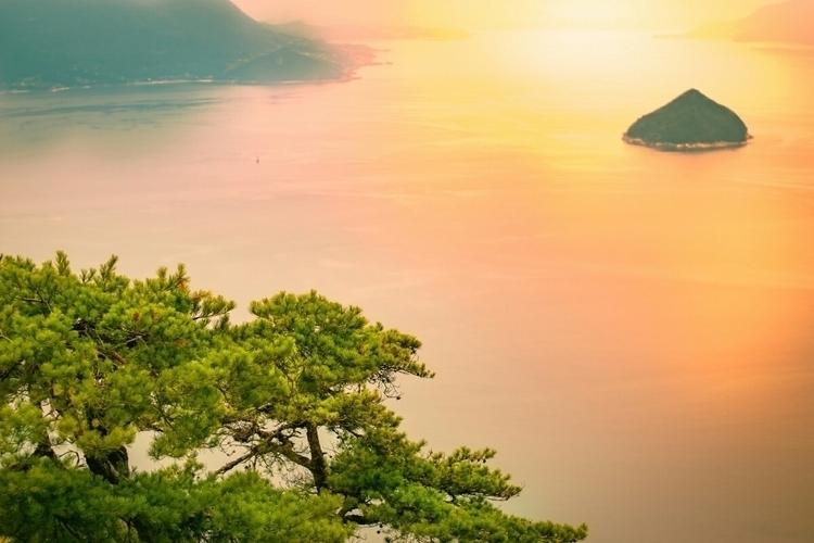 Sunset bay, Hiroshima pretty co - fokality | ello