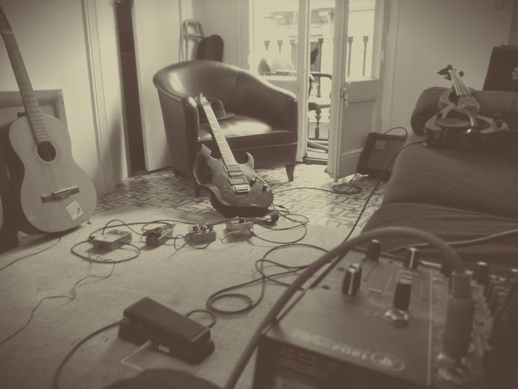 bcn, music, interior - this_game_has_no_name | ello