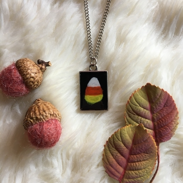 Hand painted Candy Corn Necklac - thefaeriegodmother | ello