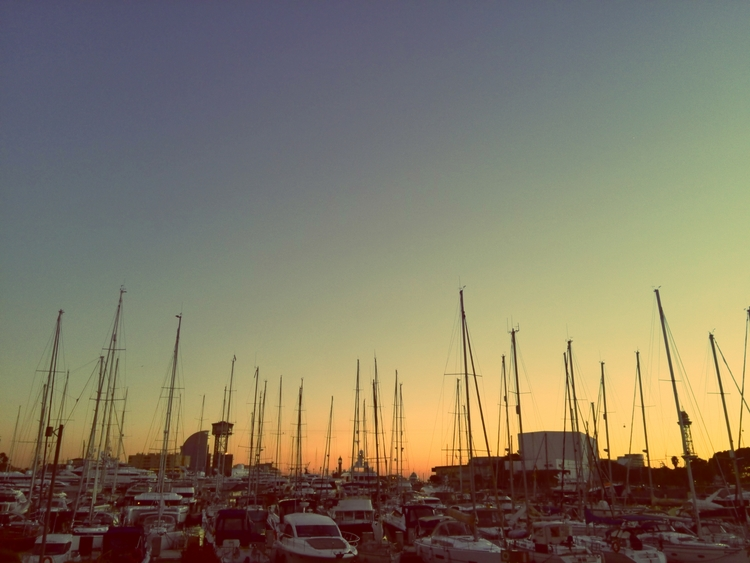 barcelona, barceloneta, port - this_game_has_no_name | ello