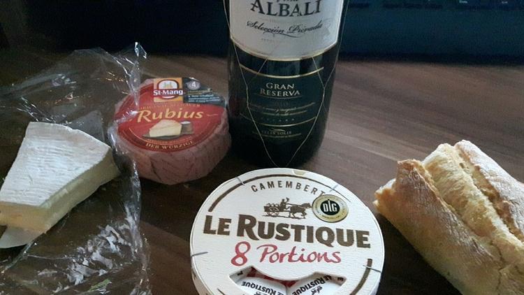 Drei Sorten Käse und ein kräfti - actionluzifer | ello