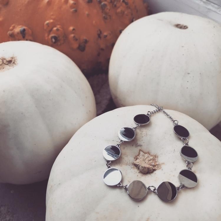 Legend White Pumpkin. Part 1 3  - evil_pawn_jewelry | ello
