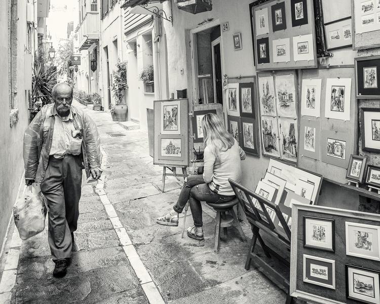 Crete Street man - Kriti, stranger - toni_ertl | ello