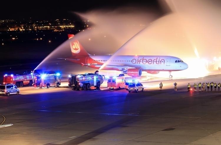 Landing Tegel - eu_spotters, planespotting - mathiasdueber | ello