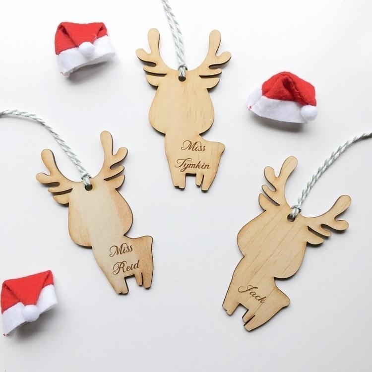 Reindeer  - dreamerslane | ello