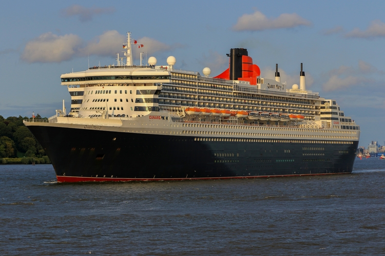 queenmary2, oceanliner, thequeenmary - mathiasdueber | ello