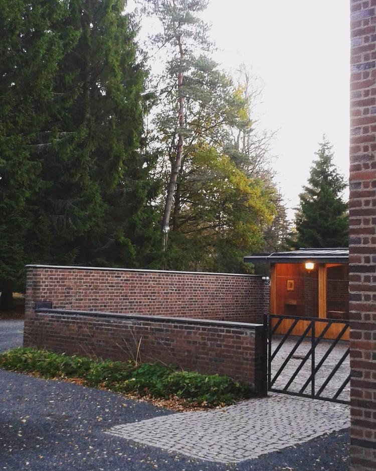 Kapellet Skogskyrkogården Nässj - skogskyrkogardar | ello