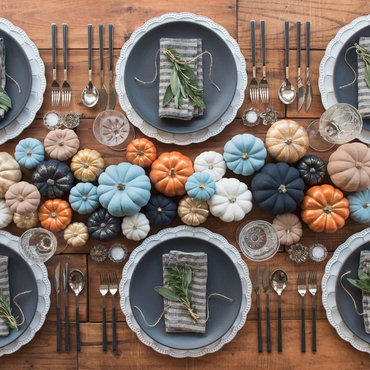 DIY Thanksgiving Table Decor Id - architecturesideas | ello