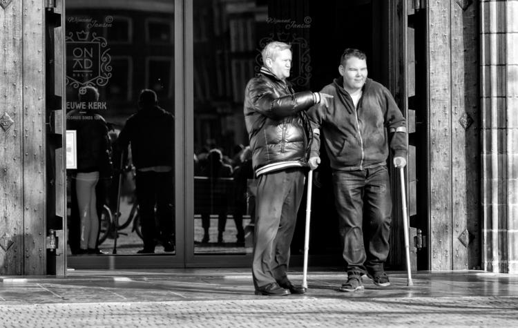 Quickly walk son - artmen | ello
