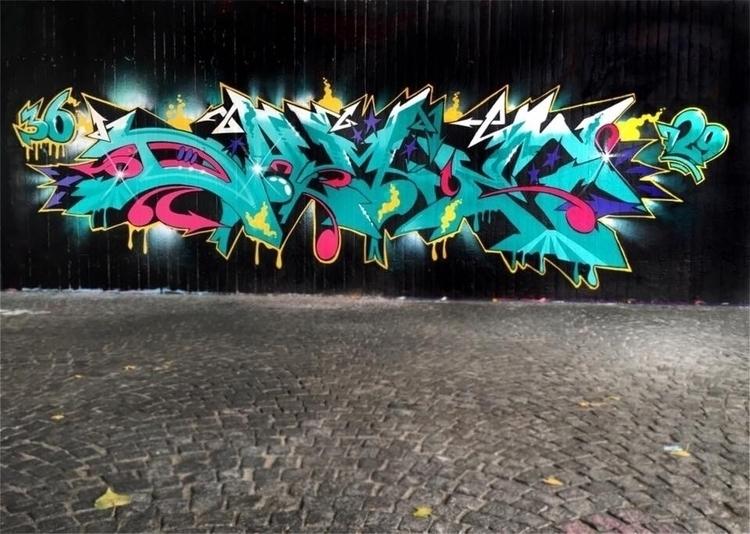 Graffitistuff 1 fight  - flexxbandana | ello