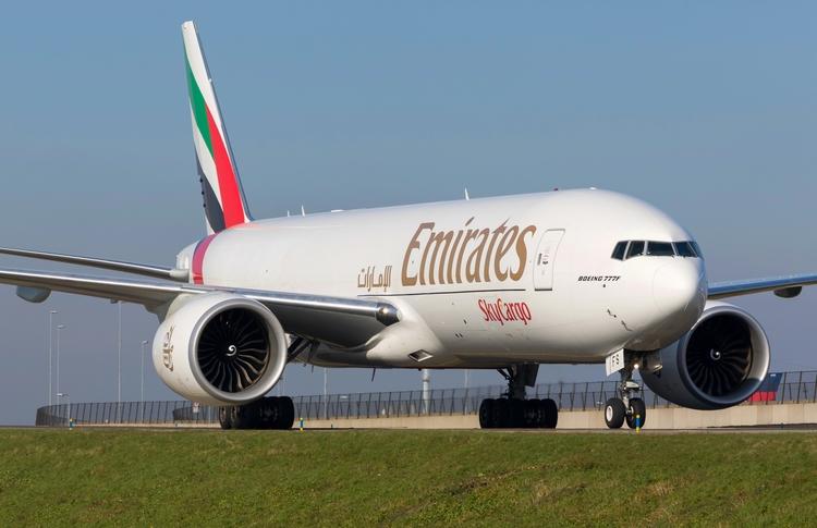 flyemirates, emiratesairline - mathiasdueber   ello