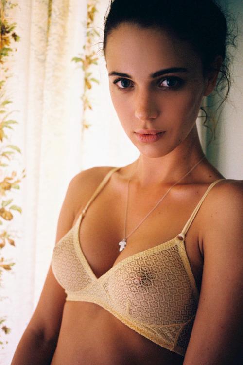 baatcrazy, bra, nipples, brunette - big_floater   ello