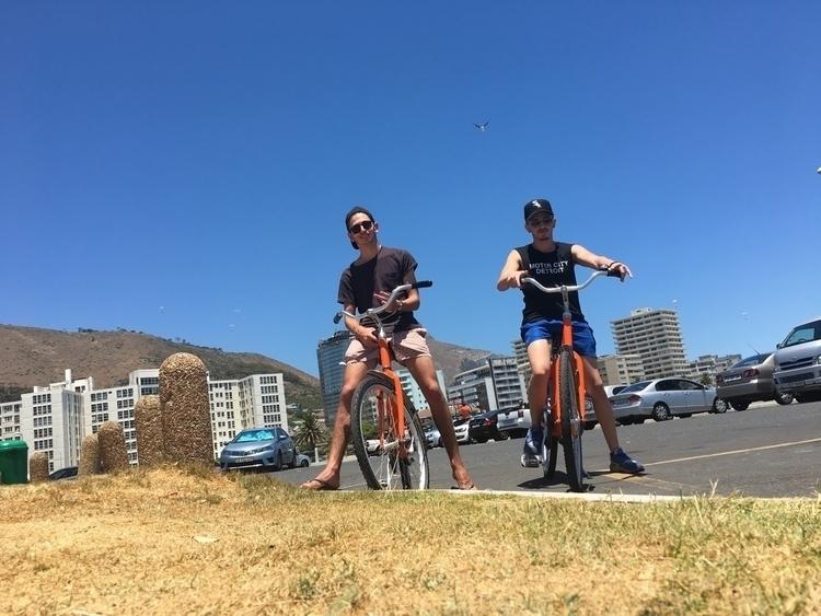 Chilling sun lust - capetown, bikes - deankoonin | ello