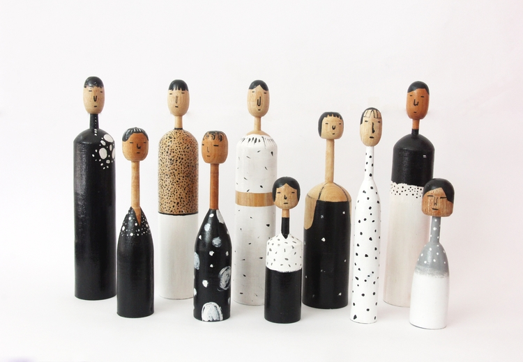 WOODEN DOLL dot patterns contac - tobingdewi | ello