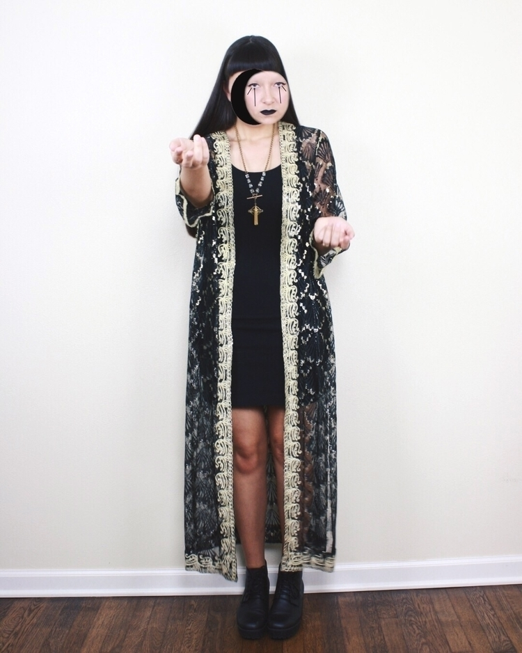 beautiful vintage lace robe sho - neoncart | ello