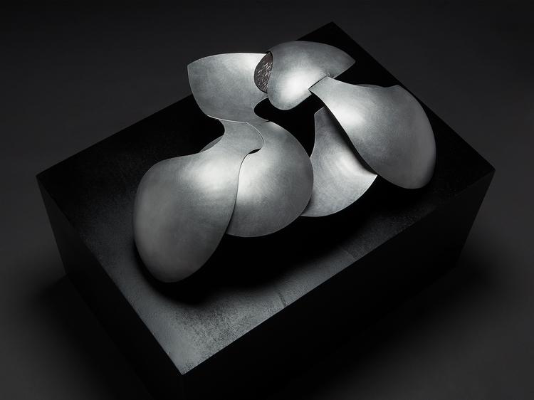 Aluminum sculpture Ph: Ferdinan - ferruccio-maierna | ello