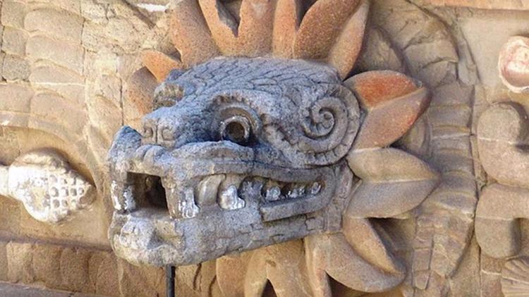 Quetzalcóatl: De serpiente empl - codigooculto | ello