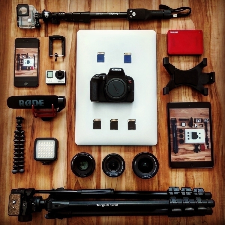 bag contents - agameoftones, global_hotshotz - edworrld | ello