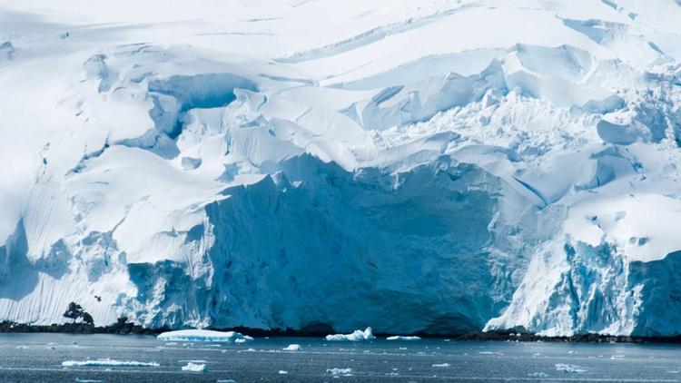 Deshielo de glaciar en la Antár - codigooculto | ello