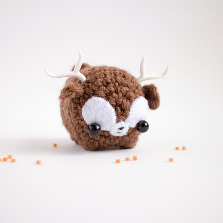 Amigurumi 67 small brown deer h - mohu | ello