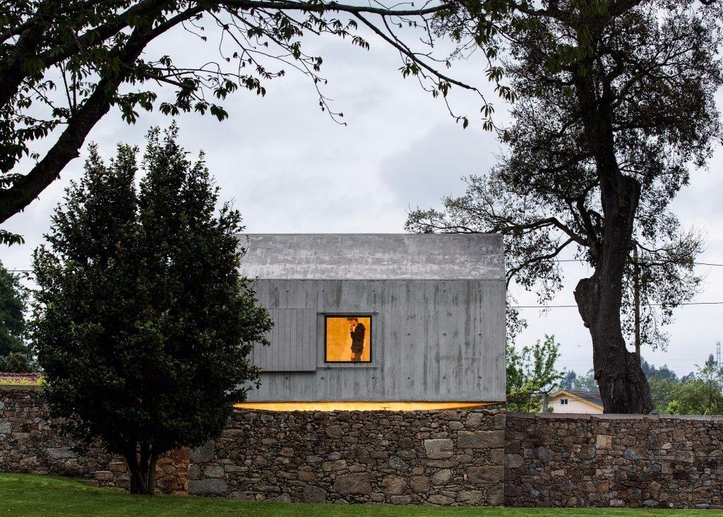 Dovecote AZO Sequeira Arquitect - thetreemag | ello