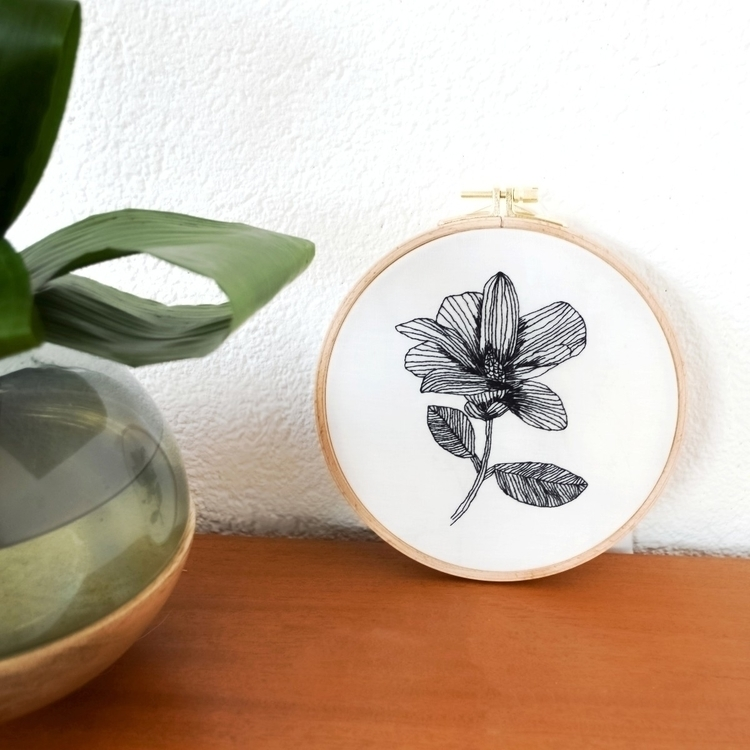 Tropical flower embroidery - fullmetalneedle | ello