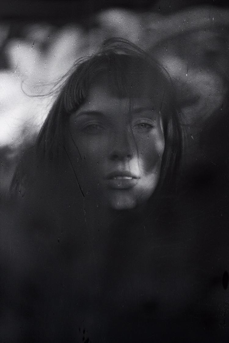 Dark Light Fight — Photographer - darkbeautymag | ello