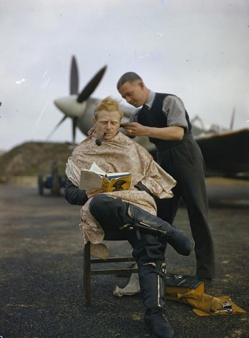 Royal Air Force pilot haircut,  - arthurboehm   ello