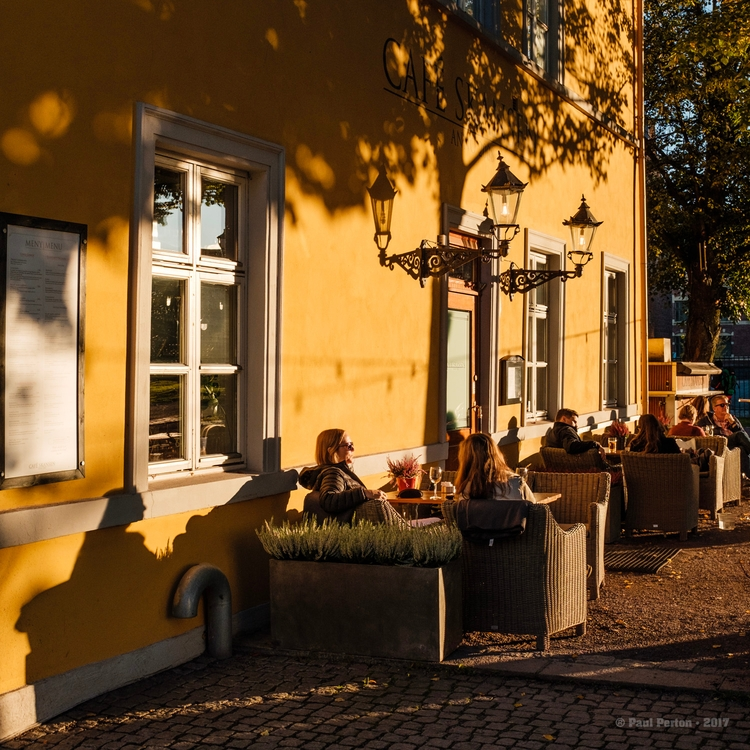 Late afternoon, Oslo Street sho - paulperton | ello