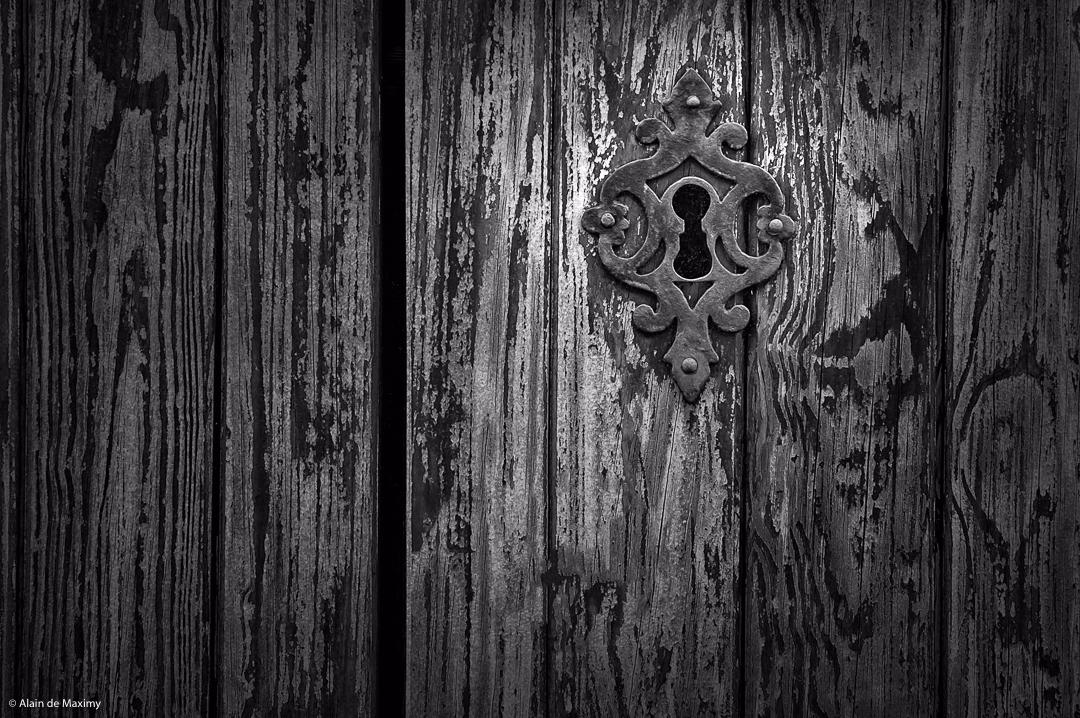 Keyhole - keyhole, key, hole, door - maximy | ello