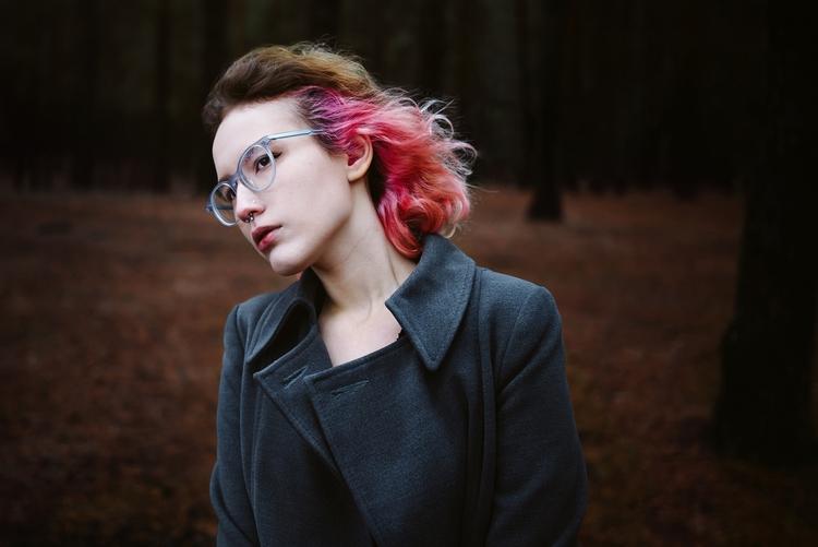 frame - portrait, photography, women - ans42 | ello