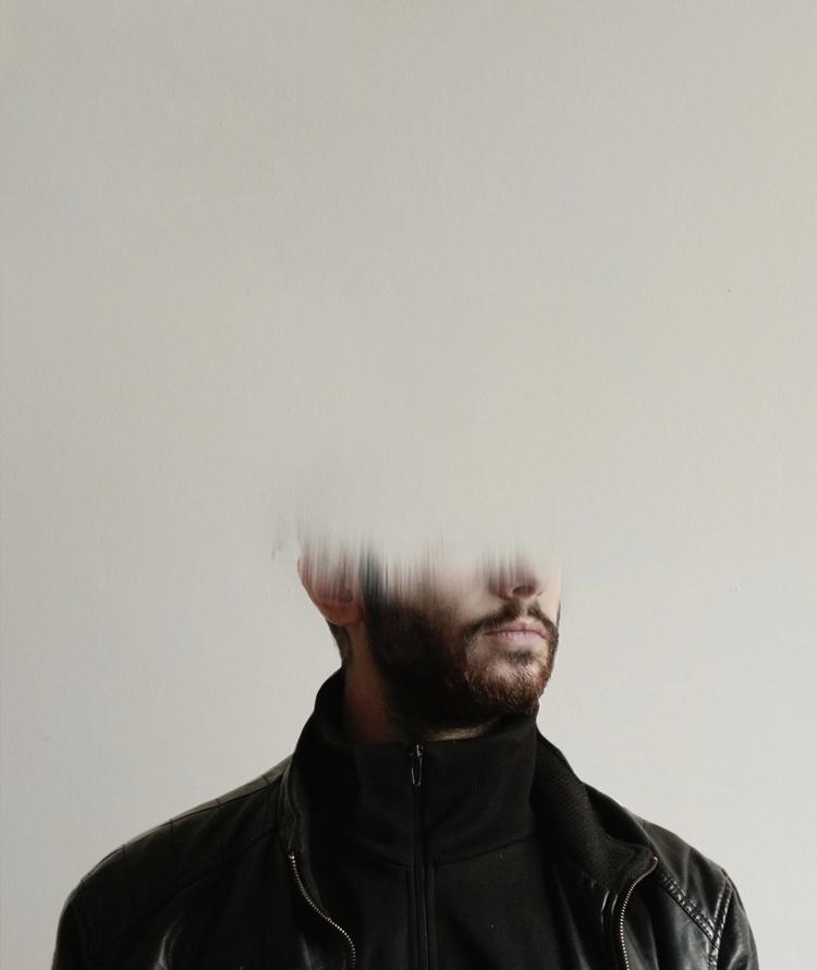 Ritratti senz'anima - Lui - portrait - montserratdiaz | ello