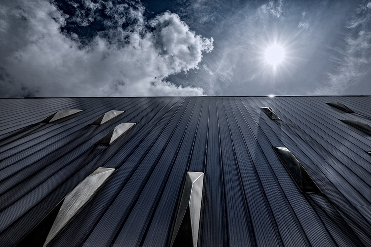 Part Rondo roof. contemporary b - stephanepictures   ello