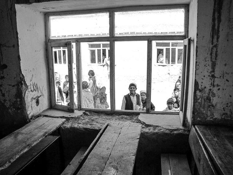 Afghanistan, children, school - usnrmustang | ello
