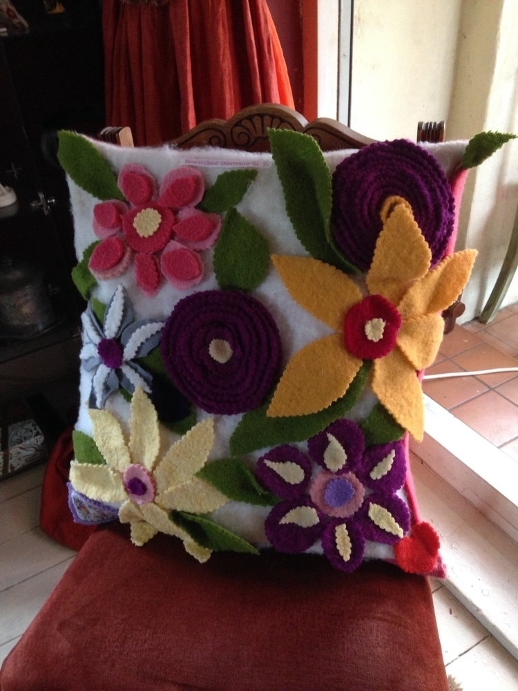hand Astral Travel cushions ord - sussexpsychic   ello