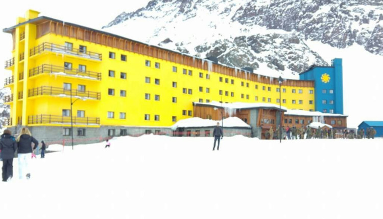 Portillo es centro de esquí ubi - ricardocarrascor | ello