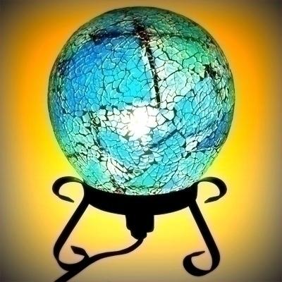 LAMPE BOULE EN MOSAÏQUE DE VERR - ficheux_pierre | ello