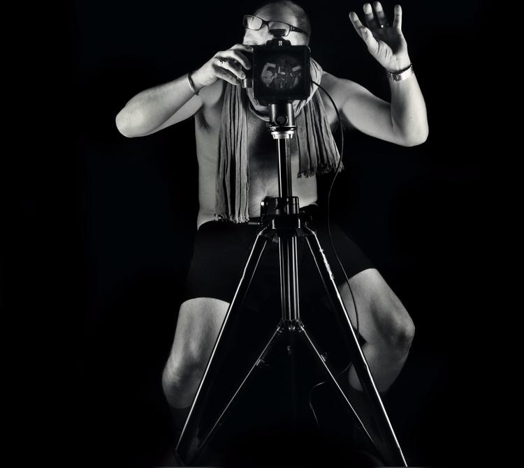 shot photographer Niklas Palmkl - niklaspalmklint | ello