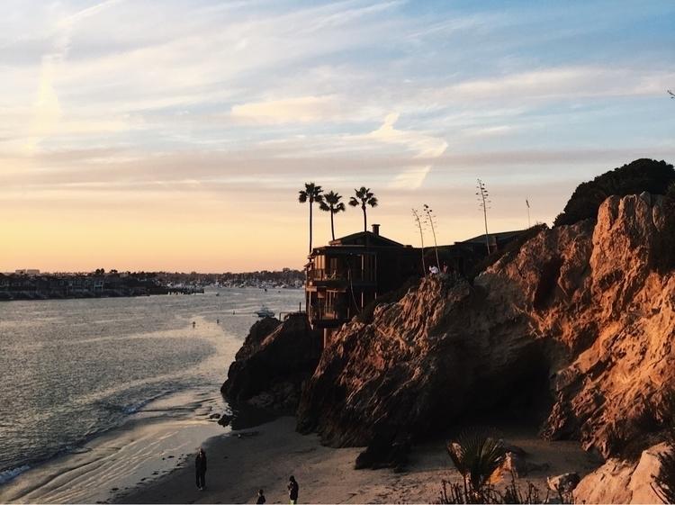 Corona Del Mar, CA 2017 - beach - patrickwayne | ello